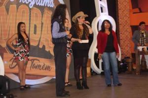 Cléo Barbosa apresentou o programa Modão pela TV É-Paraná em Curitiba