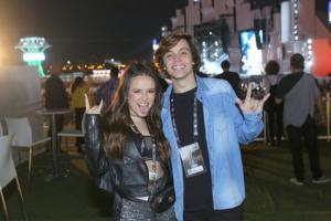 O festival de celebridades no primeiro finde do Rock in Rio - Larissa Manoela e Léo Cidade