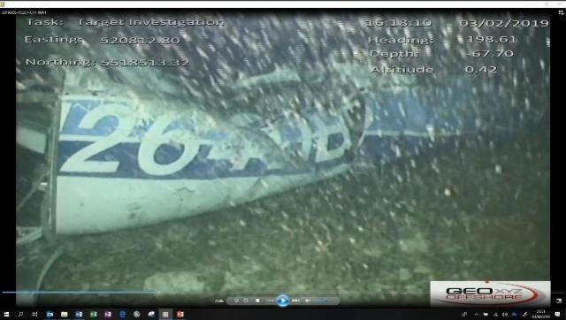 Corpo é encontrado nos destroços de avião que caiu com jogador Emiliano Sala