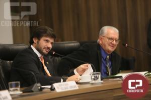 CCJ aprova projeto que permite inaugurar no Paraná só obras 100% concluídas