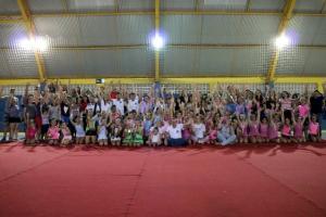 Goio Cultura encerra atividades de Ginástica Rítmica com festival contando com a presença do prefeito Pedro Coelho
