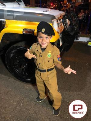 Fardas infantis fazem a alegria de crianças durante festas de aniversário em Cianorte