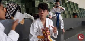 Alunos da Academia Nintai participaram do festival de karatê em Juranda