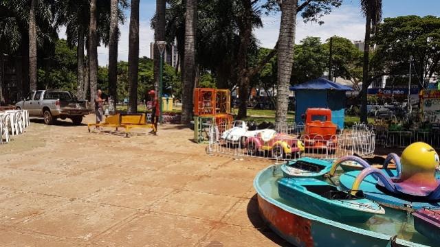 Crea apura acidente com roda gigante infantil em Maringá