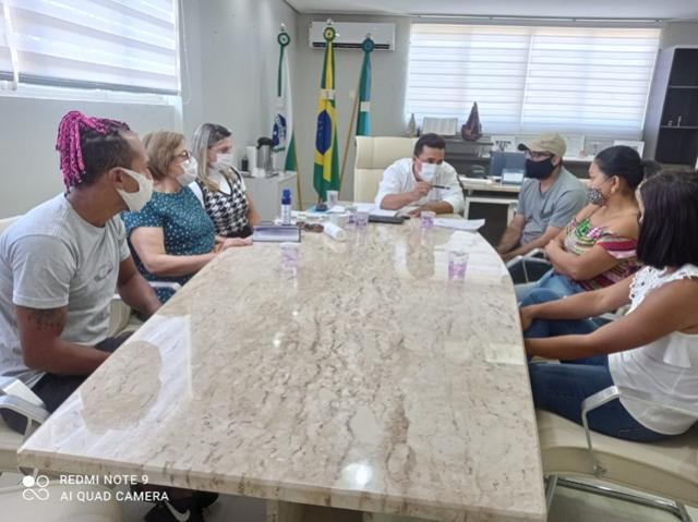 Prefeito Betinho se reuniu com presidentes de bairros