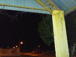 Vereador Agilson cobra melhorias emergenciais para a Quadra do Jaracatiá