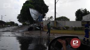 Vendaval deixa prejuízos em Goioerê na tarde desta quarta-feira, 09