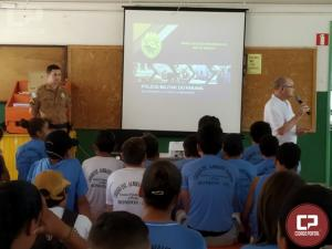 Policiais do 7º BPM realizam palestra sobre Prevenção ao uso de Drogas