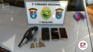 Polícia Militar apreende drogas e armas de fogo durante mandado de busca e apreensão em Goioerê