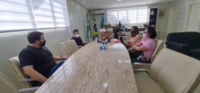 Representantes da fábrica de confecção de Cianorte visitam Goioerê com proposta de instalação de unidade