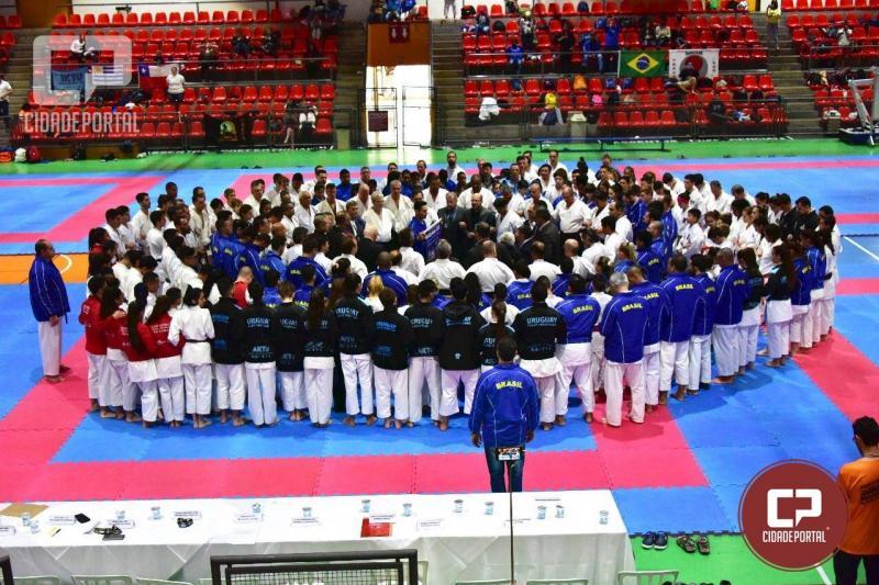 Goioerê tornou-se Campeão Geral por equipes no Panamericano de Karatê disputado em Curitiba