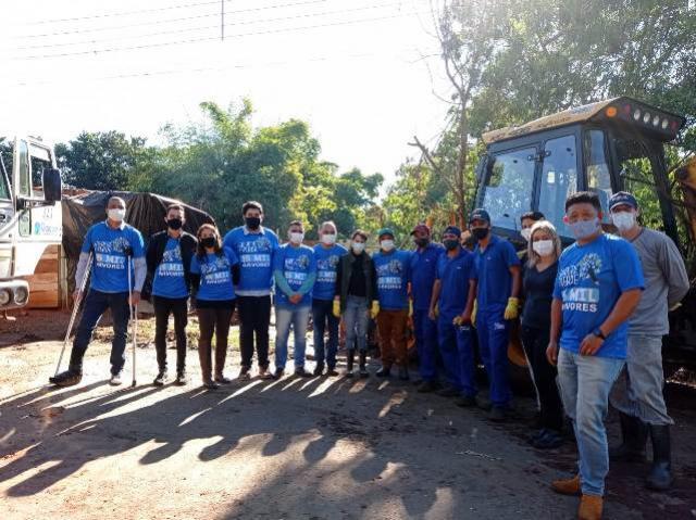 Prefeitura de Goioerê promoveu a limpeza do Arroio Schimidt com apoio de voluntários
