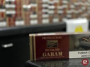 PRE de Cruzeiro do Oeste apreende mercadoria de cigarros avaliadas em 70 mil reais