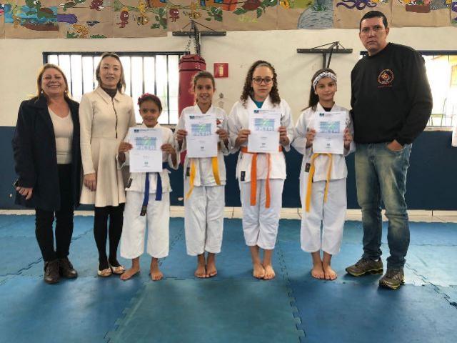 Alunos do Projeto Cidadãos do Futuro irão representar o Paraná no Campeonato Brasileiro de Karatê