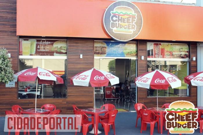 Inauguração da Cheef Burger Grelhados nesta quarta-feira, 14,  foi sucesso