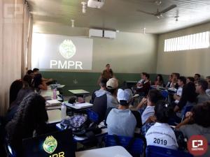 Policial Militar do 7º Batalhão ministra palestra sobre a inserção da mulher na PMPR