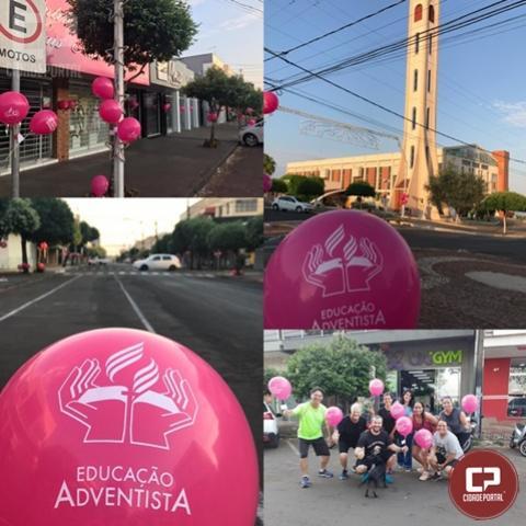 Outubro Rosa chega a Goioerê decorando a Avenida com balões