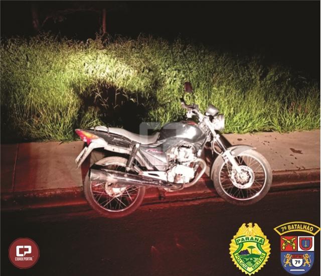Policiais Militares recuperam motocicleta instantes após ser furtada em Tuneiras do Oeste