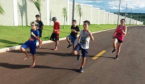 Atletismo será oferecido para esportistas de Goioerê e Jaracatiá