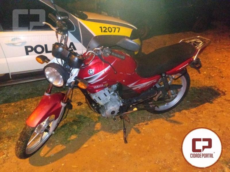 Com denúncia da sociedade Polícia Militar de Goioerê recupera motocicleta furtada