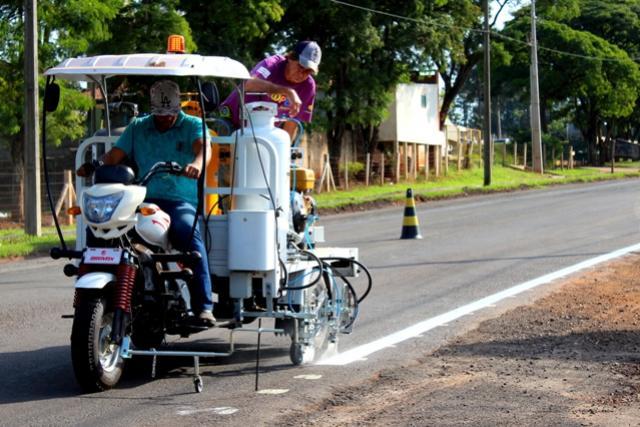 Triciclo de pintura em vias urbanas inicia trabalho de melhorias em avenidas de Goioerê