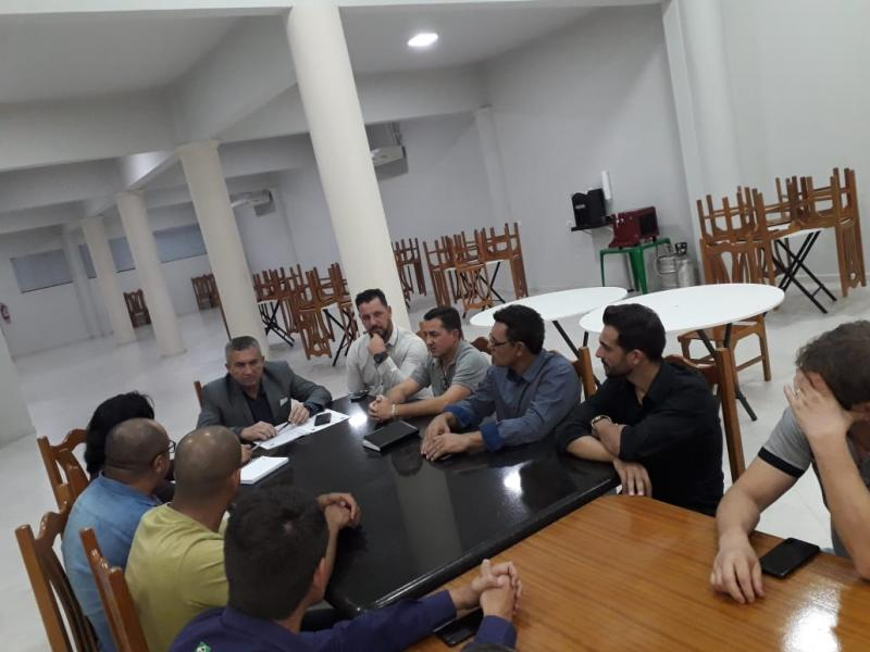 Vereadores debatem com o chefe do DEPEN melhorias emergenciais na Delegacia de Goioerê