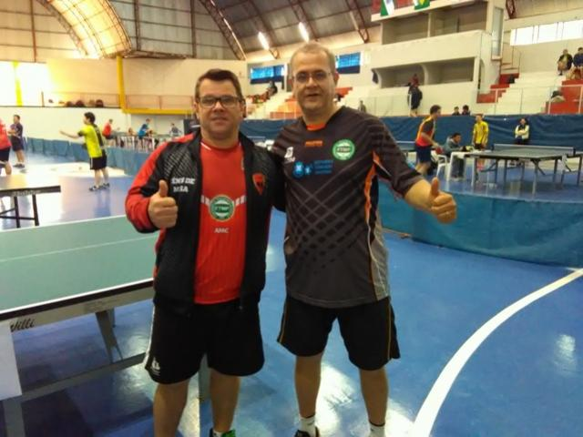 Escola de tênis de mesa Águas Claras oficializa a filiação na Federação Paranaense de Tênis