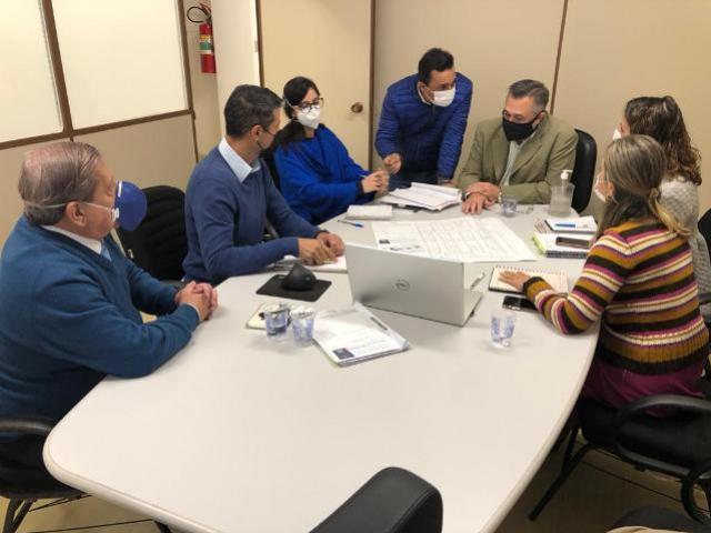Reunião na Secretaria de Estado da Saúde avança em projetos para Goioerê