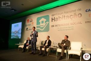 Participação de Copel e Sanepar em projetos habitacionais vira referência em fórum nacional