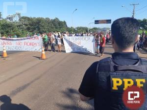 Protesto de índios fecha Ponte Ayrton Senna em Guaíra