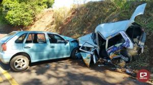 Duas pessoas ficam feridas em acidente na PR-479 entre Moreira Sales e Tuneiras do Oeste