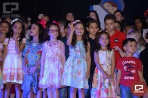 Escola Adventista de Goioerê promoveu a tão esperada Noite de Autógrafos