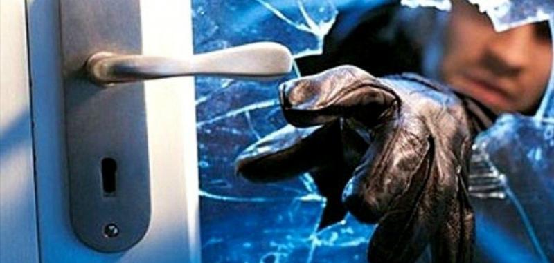 Dois indivíduos invadem residência roubam dinheiro, pertences pessoais e um televisor na cidade de Goioerê