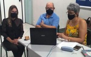Chefe do NRE de Goioerê faz abertura da reunião semanal com os diretores estaduais