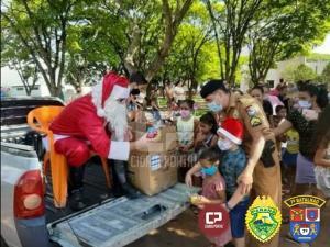 Policiais Militares do 7º BPM fazem entrega de brinquedos no Natal