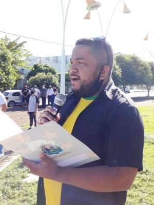 Abertura da Semana da Pátria teve ato cívico e distribuição de adesivos