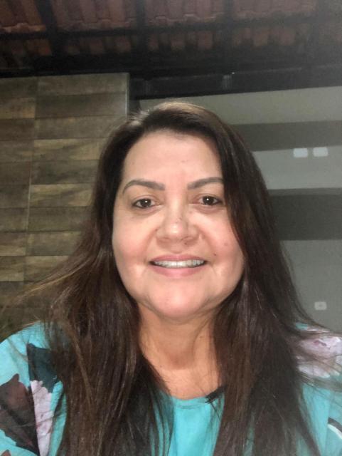 Leonice Serafim - Mulher, enfermeira e trabalhadora! - Assim define-se a pré-candidata à vereadora