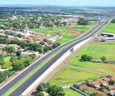 Ministros Gleisi e César Borges inauguram Contorno Norte de Maringá amanhã