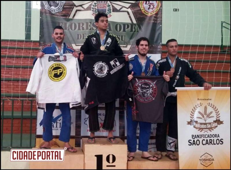 Policial Militar do 25º BPM consegue 2º lugar em Campeonato de Jiu-Jítsu em Floresta na categoria pesado adulto, faixa branca
