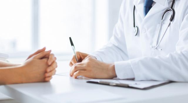Consulta com o oncologista: saiba como agir