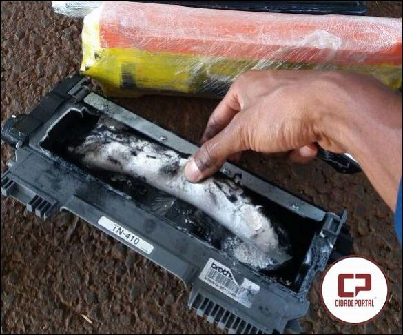 PRF de Santa Terezinha de Itaipu apreende cocaína oculta em toner de impressora