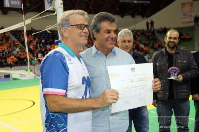 Bernardinho é o primeiro homenageado com o título Você Engrandece o Paraná