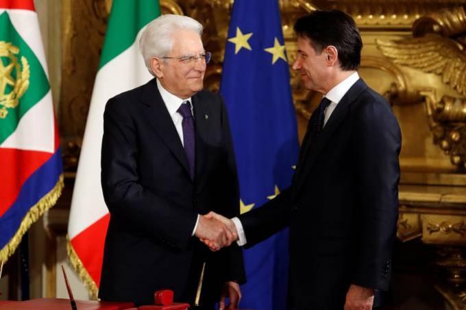 Novo governo toma posse na Itália, com Giuseppe Conte como premiê