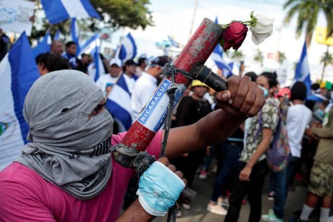 Mais de 100 pessoas já morreram em crise política na Nicarágua, diz ONG