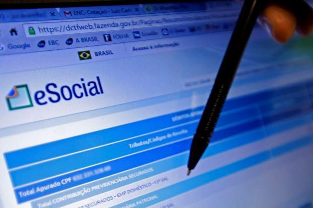 Médias empresas concluem migração para eSocial