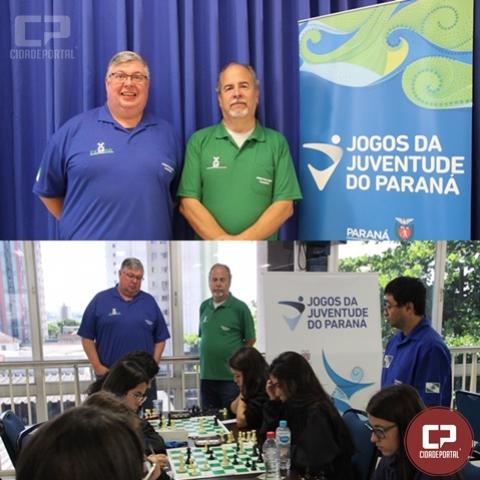 Árbitros internacionais de xadrez atuaram nos JOJUPS em Londrina