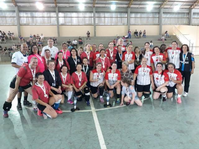 Toledo e Londrina conquistam título do Paranaense de Handebol Máster