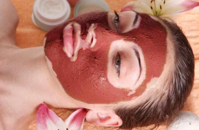 Argila Vermelha para tratamento de beleza