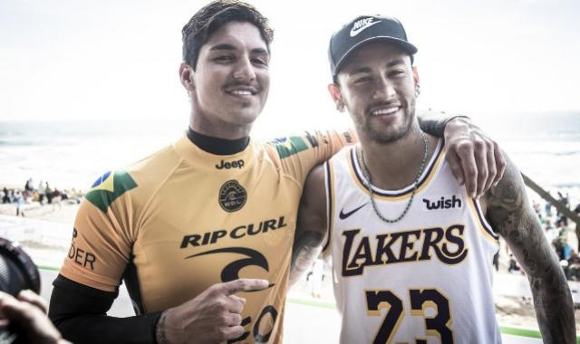 Após assistir Medina em Peniche, Neymar torce pelo amigo: Vamos agora para o Havaí