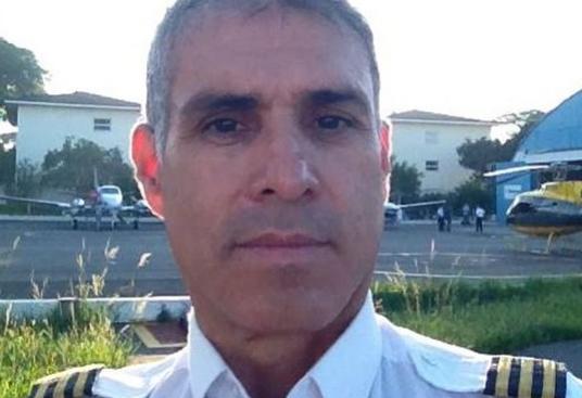 Corpo de piloto de avião que caiu com Teori Zavascki é sepultado no PR